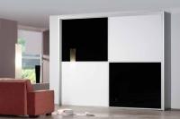 Гардероб бяло - черно