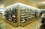 обзавеждане по поръчка на козметични магазини
