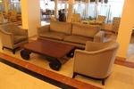 луксозен диван с лежанка